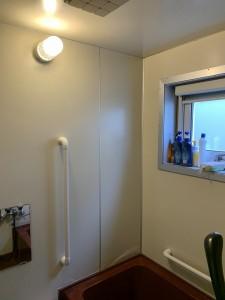 浴室 改修前 窓